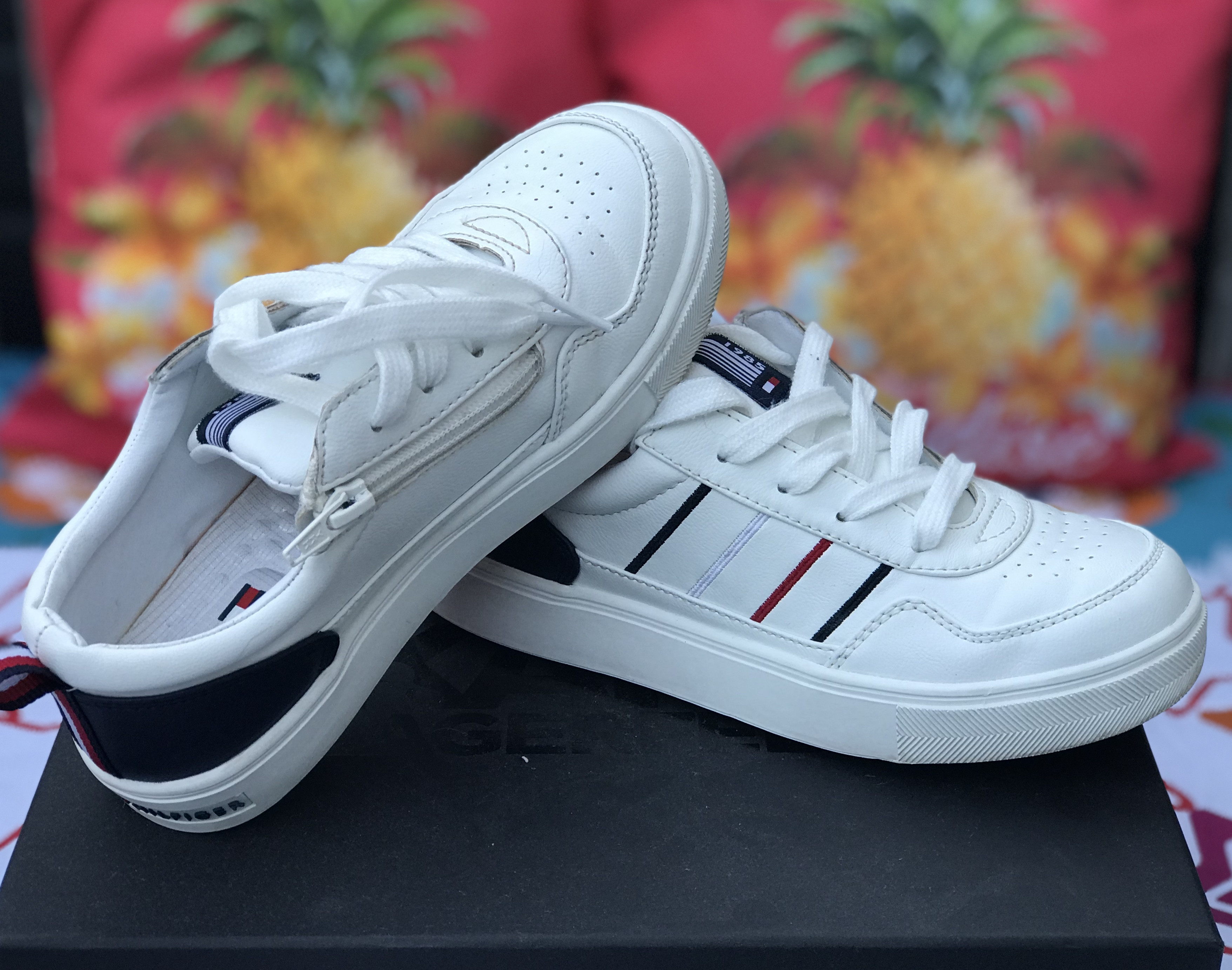Tommy Hilfiger sneakers 34